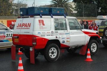 こちらは日本レーシングマネジメント(日野のトラックをドライブしている菅原さんのところ)のサポートカーです。