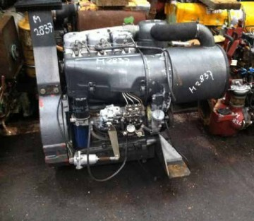 DEUTZのエンジンはこれかな?