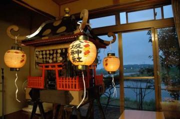 八坂神社祭礼神輿出し2011