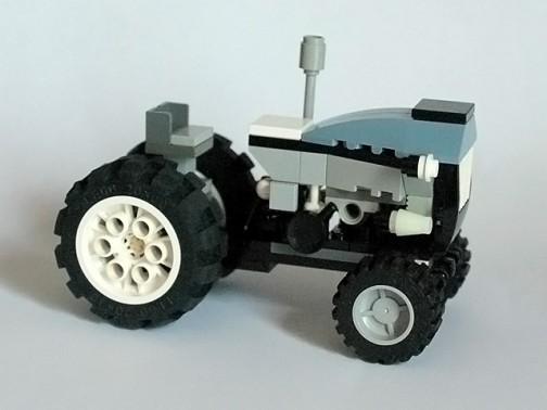 レゴのトラクター