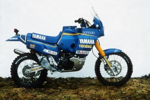 1988年FZE750