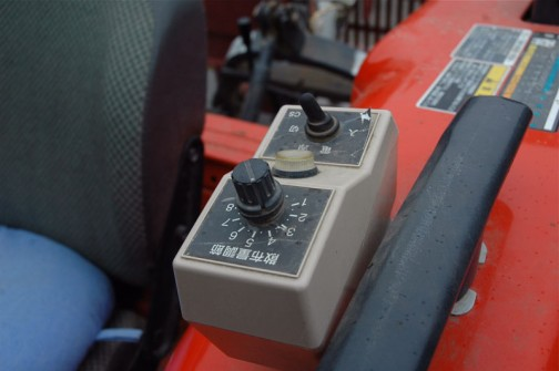グランドソワー(施肥機)のコントローラー