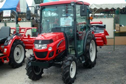 ASUMA三菱トラクタ Mitsubishi Tractor GS251XJS5B 25馬力 排気量1318cc 水冷4サイクル3気筒ディーゼル 価格¥3,109,050