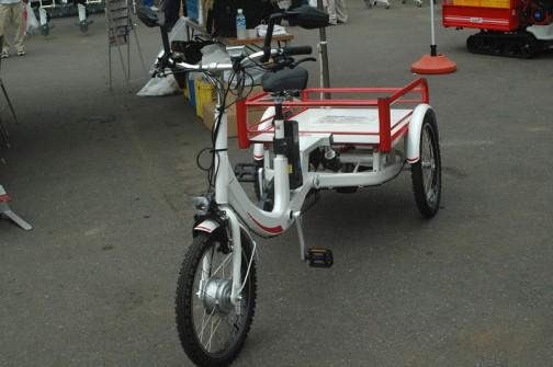 筑水キャニコム 電動アシスト三輪自転車 三輪駆動静香(さんりんくどうしずか) EJ06 これはいいなあ