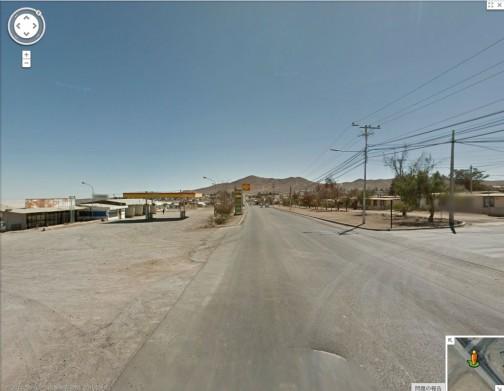 グーグルマップで見てみると、入口はすかっとしたひなびた町といった風情です。