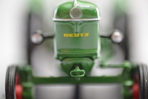 ユニバーサルホビーのDEUITZ D25 1963年