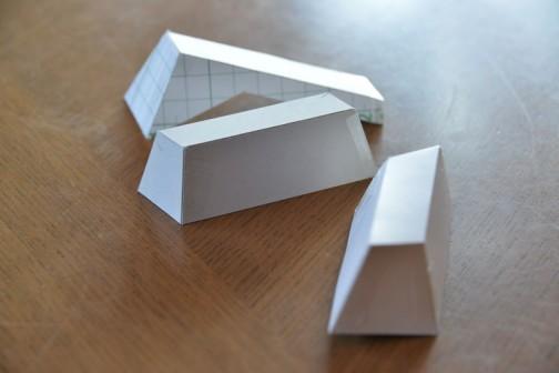 まあまあなのが一つできました。形もシンプルにしちゃったし、完全ではありませんが破綻のない形。