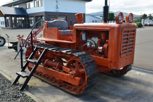 クローラトラクタ 日本特殊鋼NTK4型