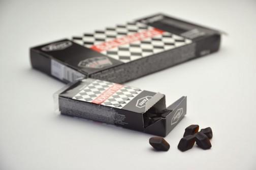 サルミアッキはフィンランドでポピュラーなリコリス菓子