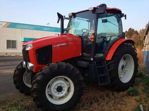kubota tractor M125G 125PS  クボタトラクターM125G 水冷4気筒ディーゼルエンジン 6124cc 125馬力