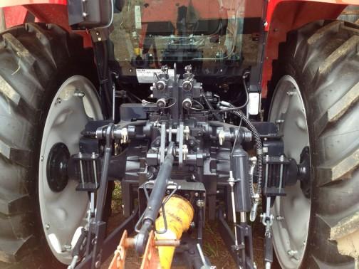 MF1720ZWXH 水冷4サイクル、4気筒立形ディーゼル、ターボ・インタークーラー 68馬力 ヰセキのTJV68に近いのでしょうか?