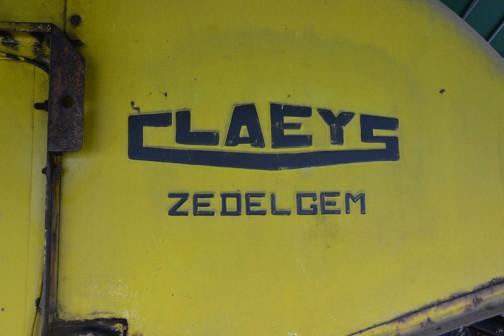 CLAEYS ZEDELGEM クレイスだかクレイズだかわかりませんが、ここではクレイスに統一しちゃいます。この下の文字は? ドイツっぽい名前・・・「ツェデルゲン?」「ゼデルヘム?」なんだろ?