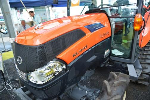 クボタkubota tractor ZERO KINGWEL ゼロキングウェル パワクロ KL44ZHCQMANPC2P 去年は消費税が5%だったので、価格は¥6,129,900 ¥175,140のアップです。