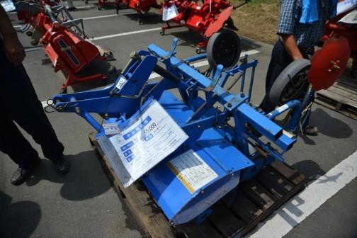同じくどんな動作をするかわからない イセキ マルチロータリ MRY907 機番100835 マルチハリ MRY-97付き 中古価格¥55,000
