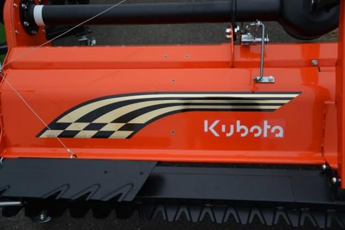 コバシ サイバーハロー KOBASHI TX352ET-0S 価格¥1,211,760 用途:代かき 作業幅:350cm 適応馬力:30〜53PS コードレスリモコン「カルコン」搭載 エコ・バランサー搭載 タイや跡消しプレート標準装備  あ!これコバシ製品のクボタカラーなんだ! コバシ ライナーハロー KOBASHI PLR181KUA 価格¥425,520 用途:代かき・砕土整地 作業幅:182cm 適応馬力:18〜22PS 最適設計された延長レベラーとエジェクタレベラー、側方へ土や泥水の発散を防ぐ大型サイドカバー