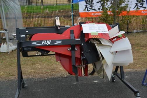 株式会社 富士トレーラー製作所 あぜぬり機 COG01-PM 価格¥753,840(手動スライダー)¥807,840(電動スライダー) 適応馬力:25〜50馬力
