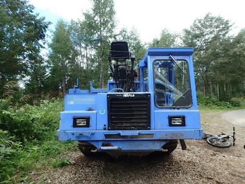 イワフジ工業株式会社の林業機械、フォワーダ 興味深い機械です。乗ってみたい。