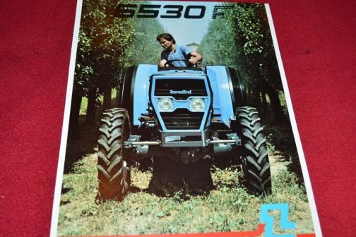 Landini 6530Fのカタログ やっぱりマフラーは前に出てません。