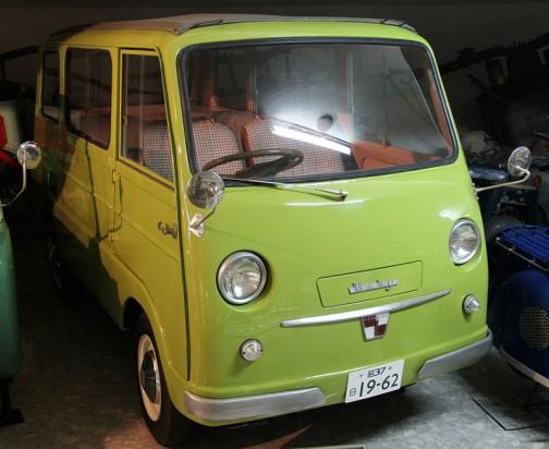 ウィキペディアより。ベビー (Baby) は、かつて存在した日本の自動車メーカー・東急くろがね工業が1960年から1962年まで生産した貨物用軽自動車である。
