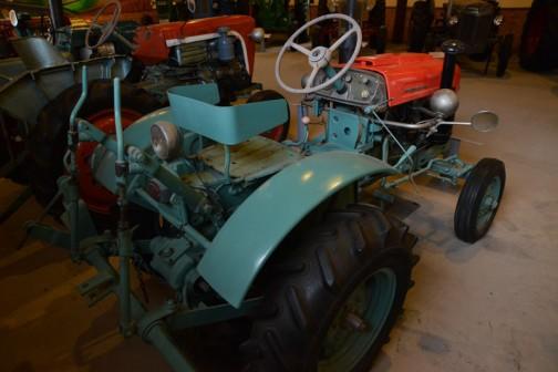 イセキトラクター TC10