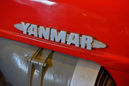 ヤンマートラクタ  1961年(昭和36) ヤンマー農機㈱ (日本) YM-18型 18馬力 空冷ディーゼルエンジン  1962年(昭和37)昭和35年発売、国産トラクタとして各地で導入が進む。 末永途中入手、使用経過は不明。 後に岩崎が入手自家保存していた。