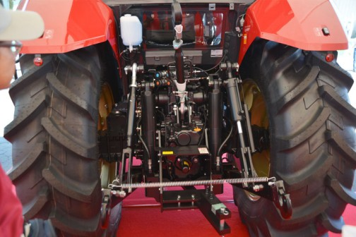 ヤンマーの新しいトラクターYT5113 yanmar tractor YT5113 113PS