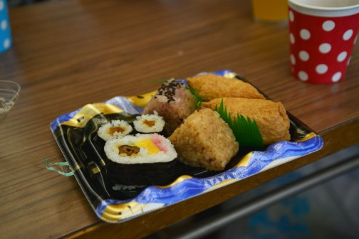 そしてお弁当をいただきました。無料でした!太っ腹!
