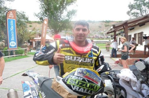 昨日のダカールマガジンに乗っていた、スペインとフランスの国境、ピレネー山中にあるアンドラ公国から参加の彼。