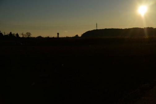 遠くに見えるのが大洗タワー。気がついたのが遅く、もう結構日が昇っちゃったあとでした。