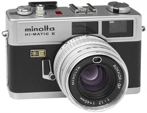 とりあえず電子マークが確認できたのはカメラ。ミノルタハイマチックF 1972年。