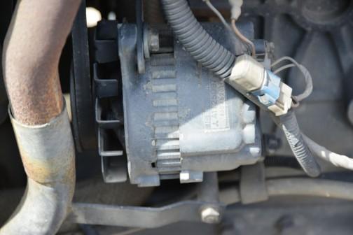 三菱電機、ICレギュレータビルトインタイプのオルタネーター