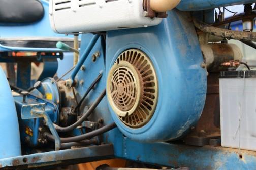 東洋社の日の本トラクターMB-1500。