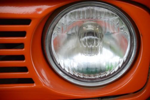 ヘッドランプはこの時代、日本のトラクターランプ界を席巻した謎のメーカーISHIKAWA。