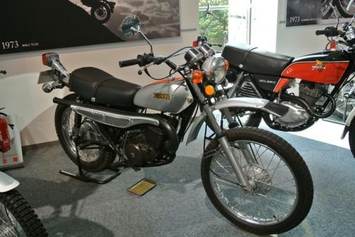 エルシノアはこんなバイク。1973年〜らしいです。