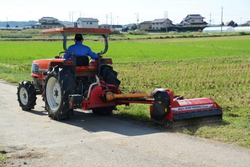 スライドモアでの草刈りを「見てきました」といっても、写真をちゃちゃっと撮ってきただけですが・・・