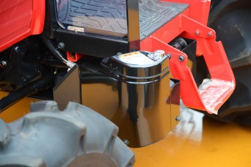 三菱トラクタ GM360XBY8B 価格¥5,271,480 36馬力 クイックアップ バックアップ 旋回アップ 逆転PTO 倍速旋回 オートブレーキ旋回 自動4WDブレーク 耕深マイコン制御 水平自動制御