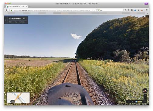 ちょうどカワセミと会ったあたりのひたちなか海浜鉃道は田んぼと里山の脇をどこまでも直線にローカル鉃道が走るなかなかステキな風景。(ひたちなか海浜鉃道 http://www.hitachinaka-rail.co.jp/)