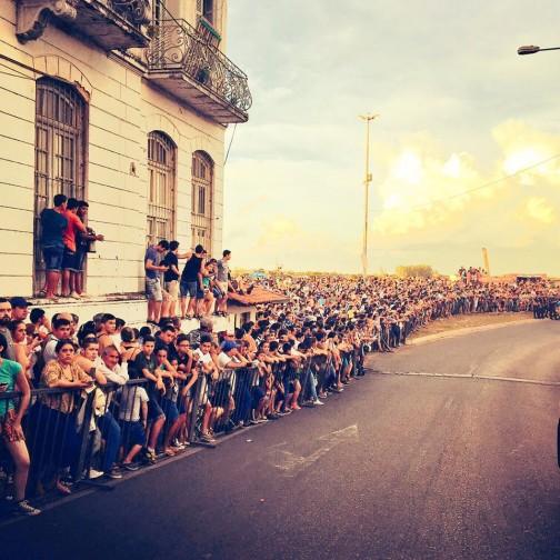 ネットで見つけたパラグアイの写真。すごい人!