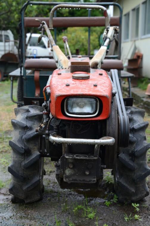ヤンマーの耕耘機YC6です。古くて農研機構のサイトにも載っていません。