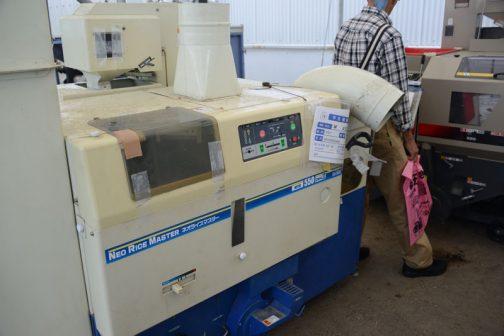 サタケ 籾摺機 NPS550DWAM2 中古価格 ¥450,000 購入初年度 H22年