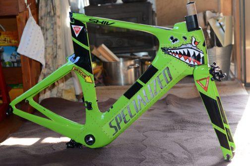 去年はこんなのも作ったっけ・・・自転車のフレームです。
