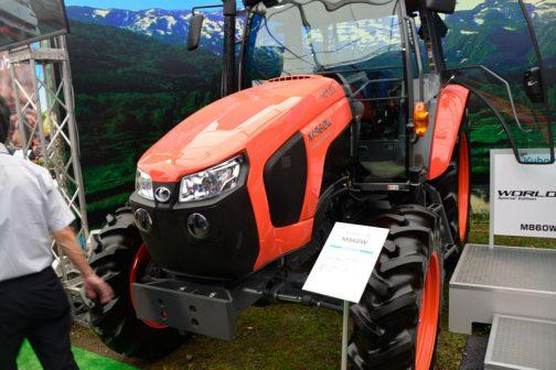 クボタM860W-SE(スペシャルエディション)です。時期的にはダイナミックフェア2018のほうが見たのは先だったのですが、実際に気がついたのはこの、第34回国際農業機械展in帯広でした。