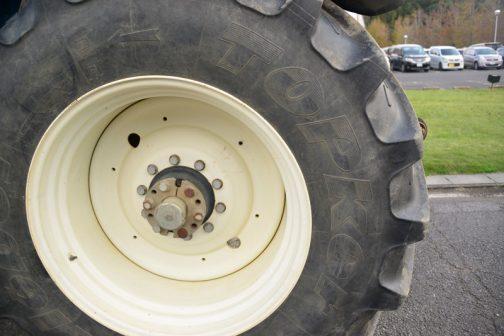 タイヤはKleber Topker タイヤ。僕はあまり見ていないタイヤです。