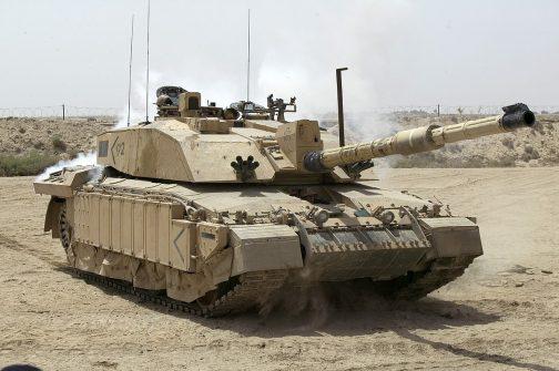 ギア伝達機構の(今のところ何をさしているのかはわかりません。ミッションかもしれませんし、その他の機構のことかもしれません)スペシャリストというのは間違いなくて、イギリスが開発した主力戦車チャレンジャー2やブラッドレー歩兵戦闘車のトランスミッションを担当したそうです。