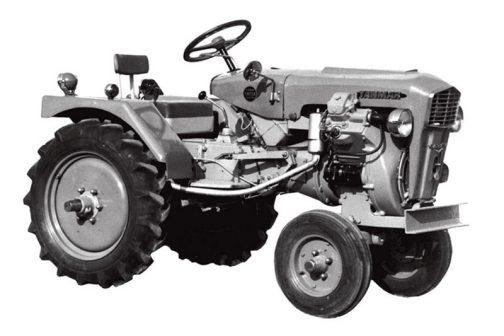 ヤンマーのサイト『画像で振り返るトラクターの半世紀  誌上「ヤンマー 赤いトラクター展」』にはYM12Aの写真が載っています。