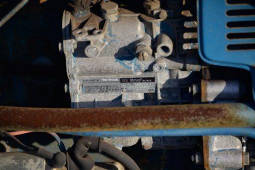 ISHIKAWAの謎解明のコーフンを再びなぞったところで北海フォード180に戻ります。燃料ポンプはヂーゼル機器。2気筒です。