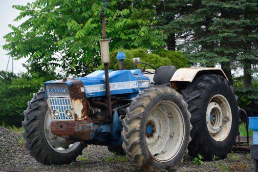 County 1124 Super Sixです。 ちょっと左前輪のタイヤが切れちゃったのが残念ですけど、本日のベストショット。低く構えたそのスタイルと、前後タイヤの近接がよくわかりますよね!