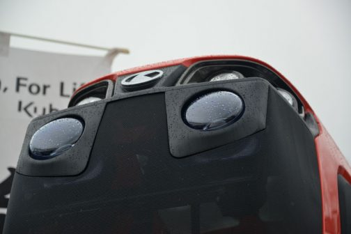 クボタ新型REXIA MR1000 エンジンフードが上に上がっているので顔がよくわかりません。