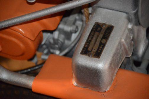ヰセキ動力稲刈結束機RH10 銘板も撮ってあったのでうが、ぼけぼけで全く読めませんでした。残念。