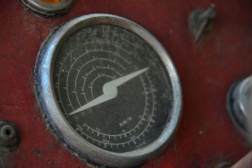 ポルシェっぽいトラクターメーター